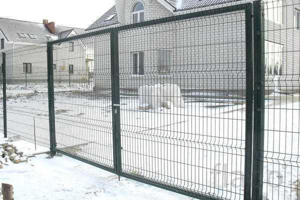 Заборы для дома