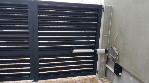 Ворота жалюзи 3 м*1,5 м распашные