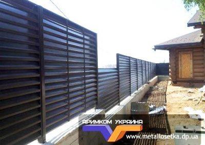 Забор жалюзи коричневый цвет