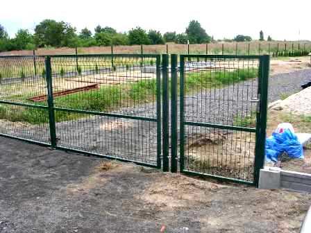 Порядок работ по монтажу распашных ворот