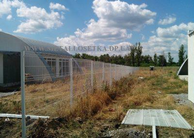 setka dly zabora min 400x284 - Фотогалерея сварной сетки с полимерным покрытием