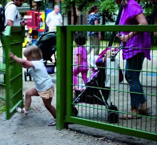 Ворота для детской площадки