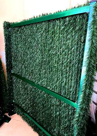 металлический каркас для зелёного забора